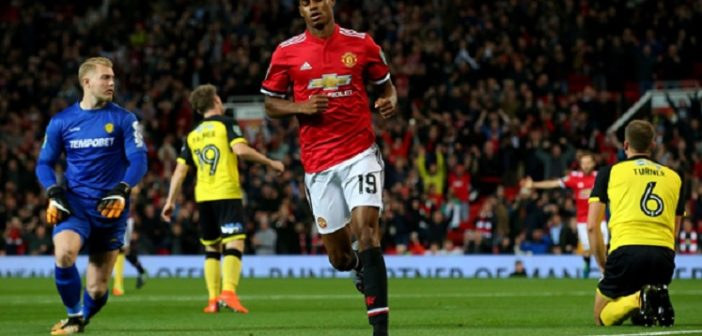 Marcus Rashford 2 goals Manchester United beat Burton 4-1